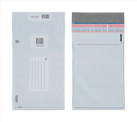 envelope com adesivo para correspondências internas