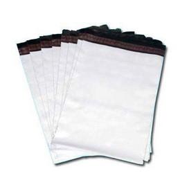 envelope de plásticos com adesivos