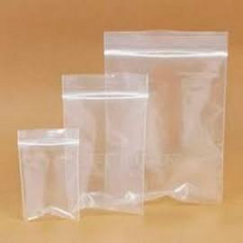 saco feito de plástico com ziplock
